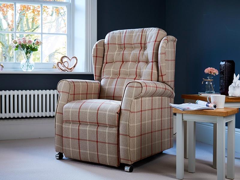 hampton riser recliner chair