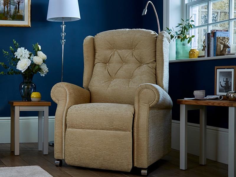 the hanbury riser recliner chair